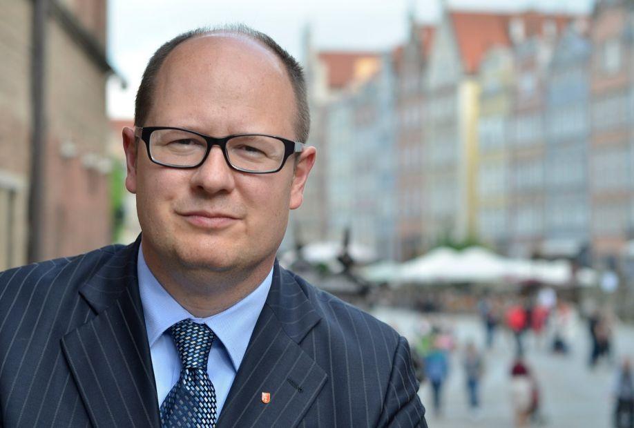 Убийство мэра Гданьска: в Польше объявили траур