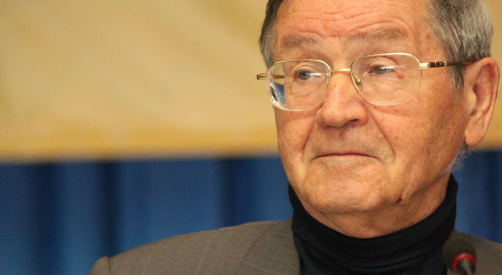 Иван Дзюба: Давление на человека не только укрепляет власть, но и подрыв...