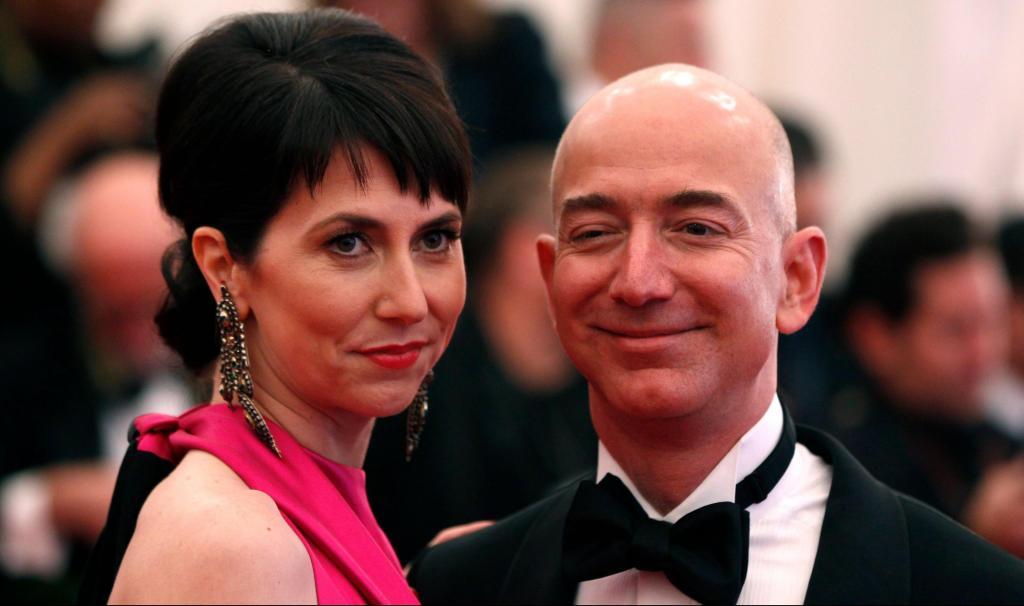 Маккензи Безос замкнет тройку самых богатых женщин планеты