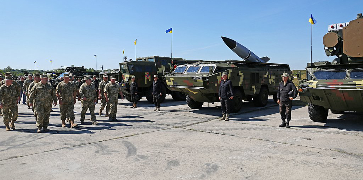На параде не будет военной техники из зоны АТО, - Минобороны