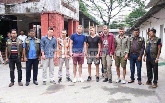 Спортсменов из Бердичева в Бангладеш подозревают в ограблении банкомата