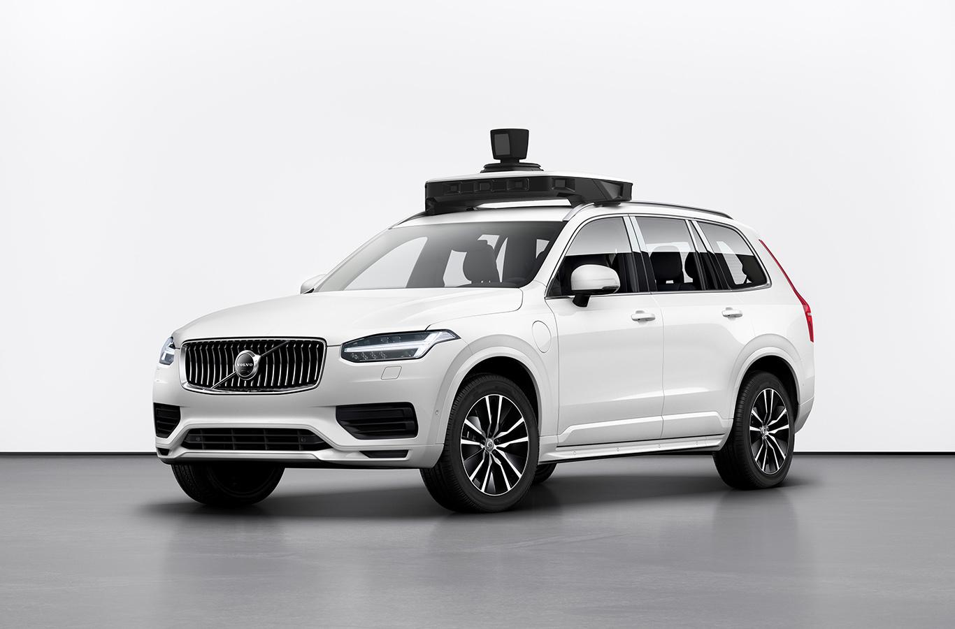 Volvo и Uber показали серийный автономный автомобиль