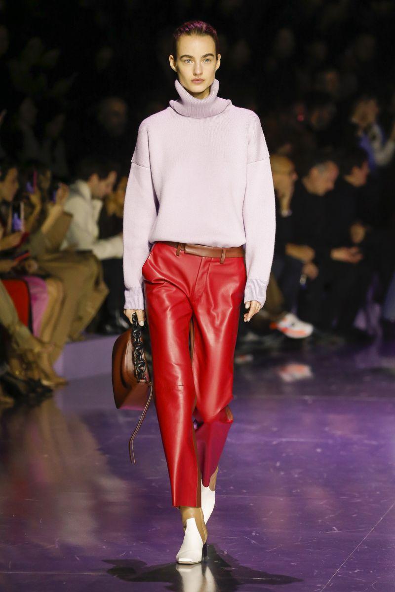 Кожаные брюки фото