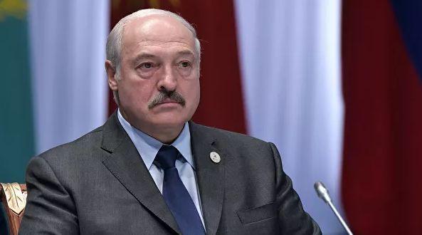 Литва отказалась считать Лукашенко легитимным и хочет создать фонд помощ...