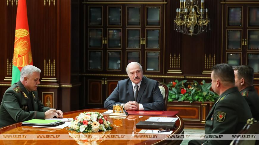 """""""Каждый год подсовывают новые условия"""". Лукашенко раскритиковал союз с Р..."""