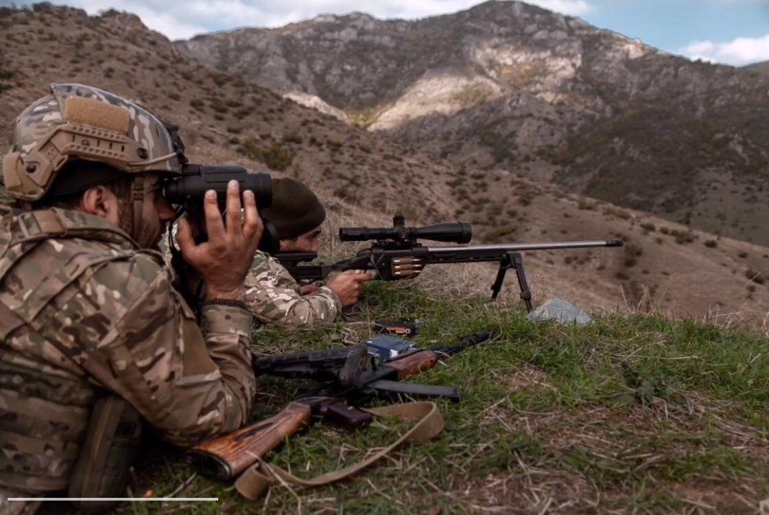 Тела 52 сирийских боевиков, воюющих за Азербайджан, передали родственник...