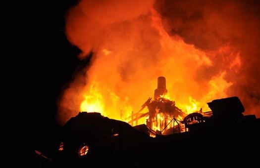 В Одессе второй раз загорелся дом Руссова