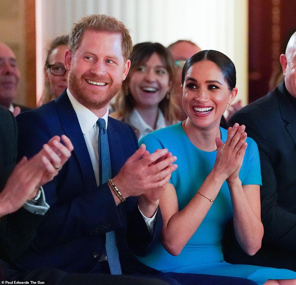 меган маркл, принц гарри, лондон, визит, платье