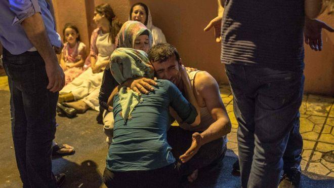 Теракт на свадьбе в Турции: погибли 50 человек