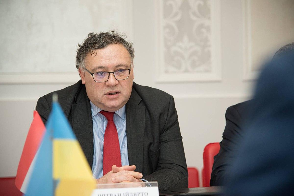 Венгрия не формирует союз против Украины в мире и ЕС, – посол Ийдярто