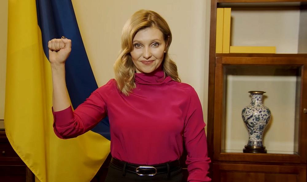 Возвращайтесь с победами: Елена Зеленская записала обращение к украински...