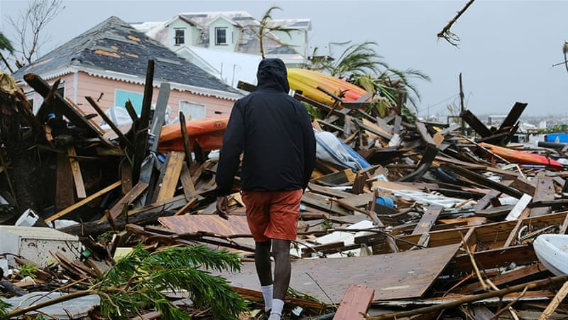 "На Багамах возросло число жертв урагана ""Дориан"""