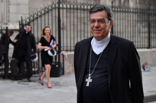 На восстановление Нотр-Дама уже получено 38 млн евро, – архиепископ Пари...