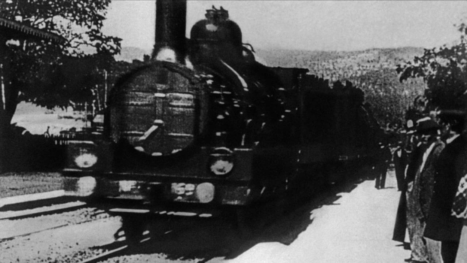 """""""Прибытие поезда"""" в 4К. Искусственный интеллект улучшил самый знаменитый..."""