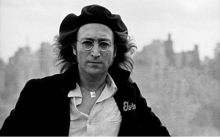 """Статуя Джона Леннона отправляется """"гастролировать"""" в честь 80-летия музы..."""