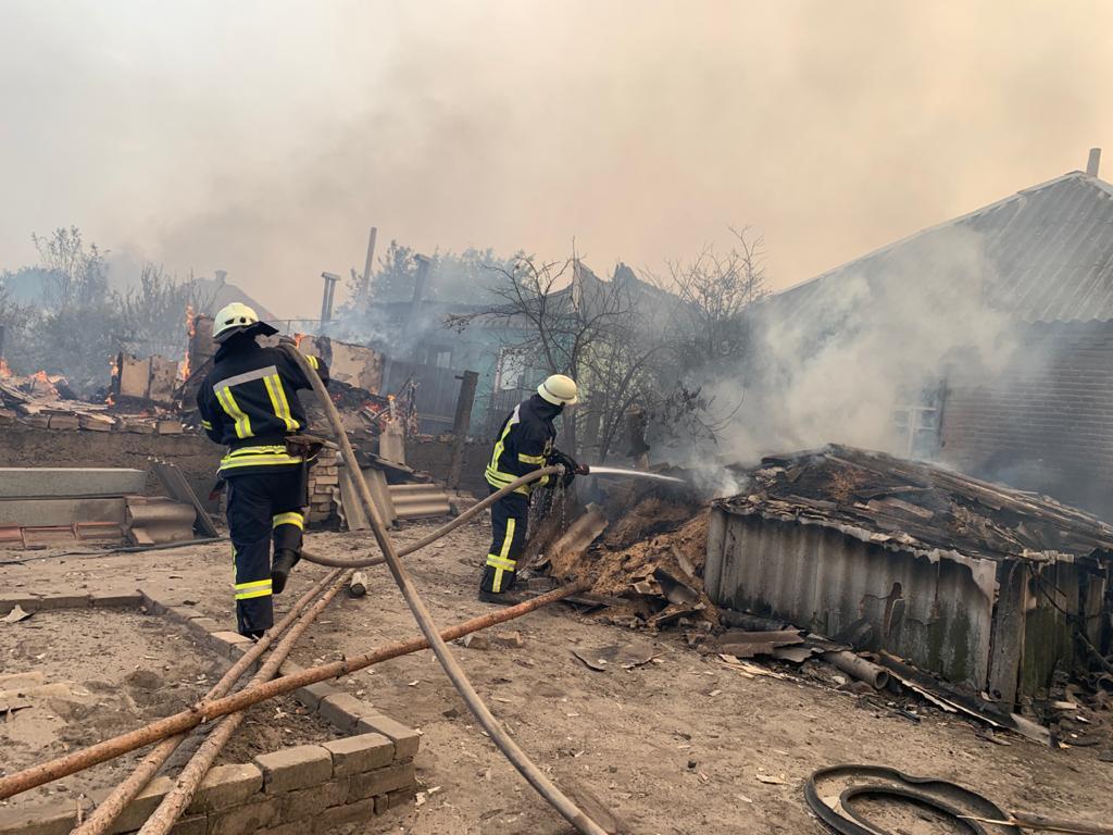 Авиацию для тушения пожаров на Луганщине не могут поднять: боевики не га...