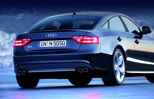 Audi в 18-й раз завоевывает награду Золотой Руль