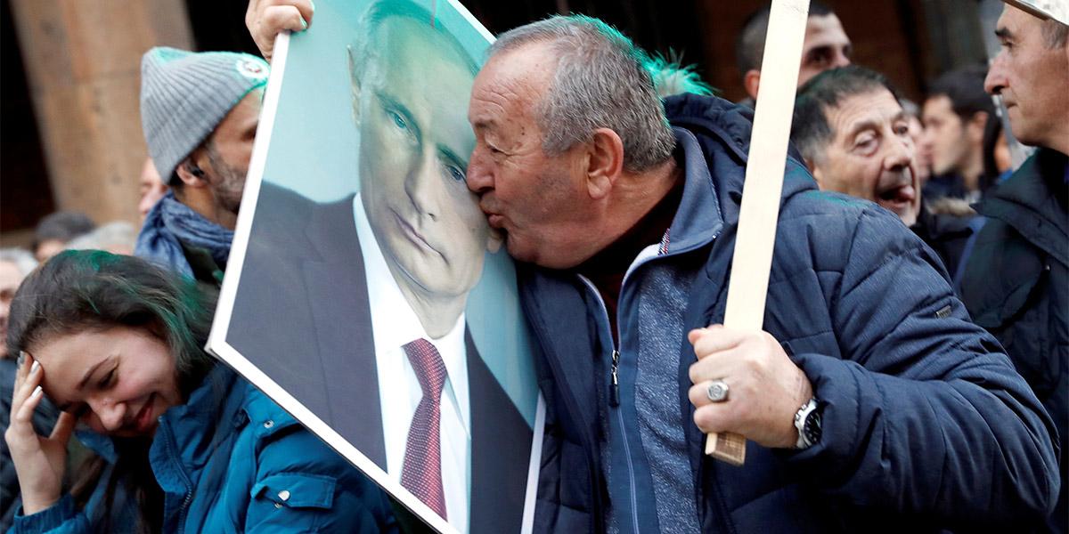 Чем сербы успокоятся. Как Россия борется за единственного союзника на Ба...
