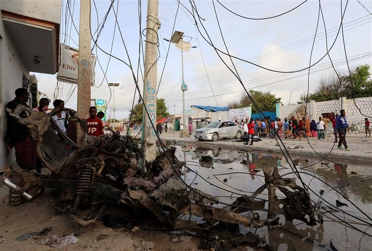 Нападение на отель в Сомали: погибли 16 человек, в том силе 5 боевиков