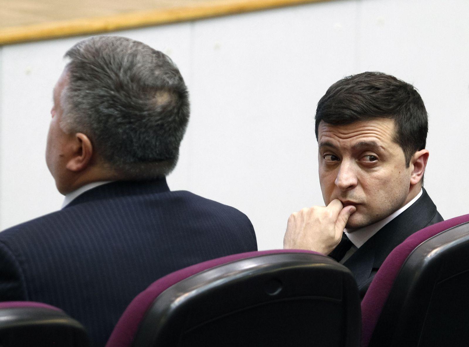Министр с чрезвычайным положением. Как Аваков использует карантин ...