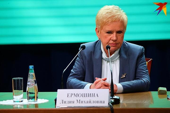 Это мой диван. Глава ЦИК Беларуси признала, что обращение Тихановской за...