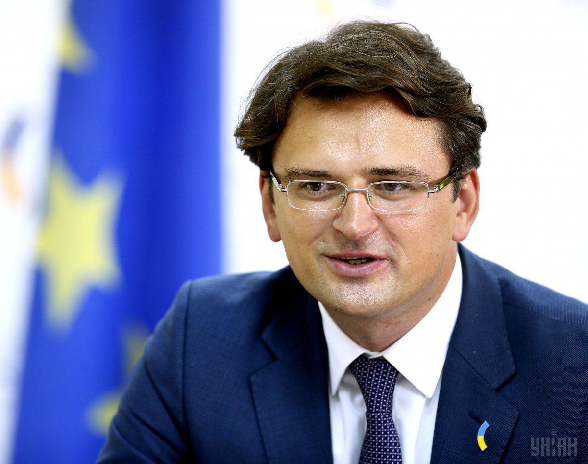 """Кулеба не против """"покупки"""" иностранных политиков для защиты интересов Ук..."""