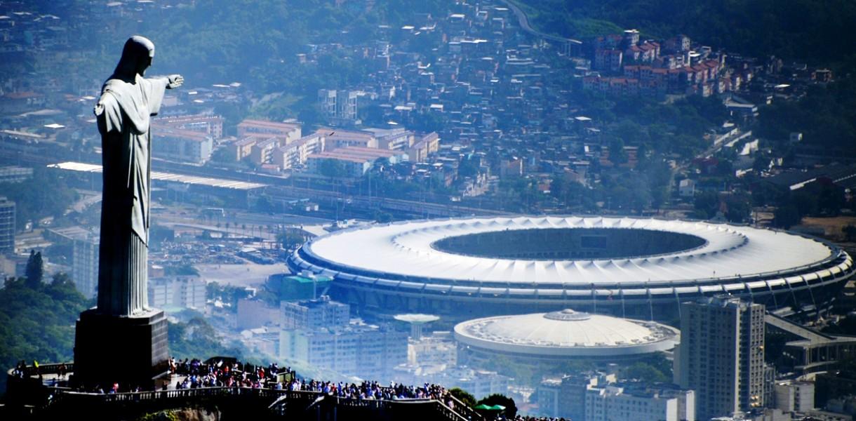 В Рио на болельщиков упала большая телекамера, есть раненые