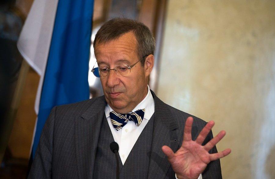 Президент Эстонии предложил вооружить Украину