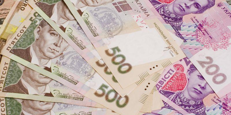 Минсоцполитики предлагает повысить минимальную зарплату на 50%