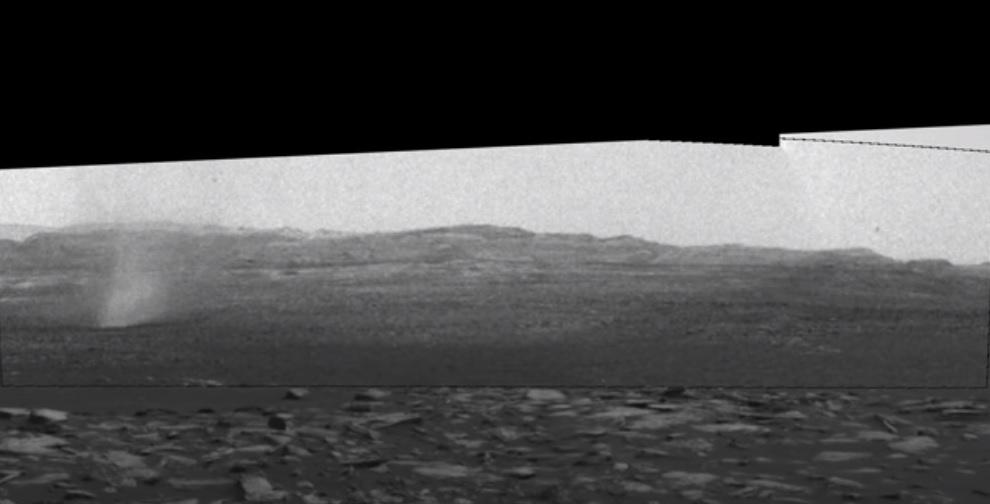 Пылевой дьявол. Марсоход NASA заснял вихрь на Красной планете