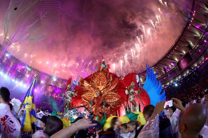 Олимпиада в Рио закрылась карнавалом