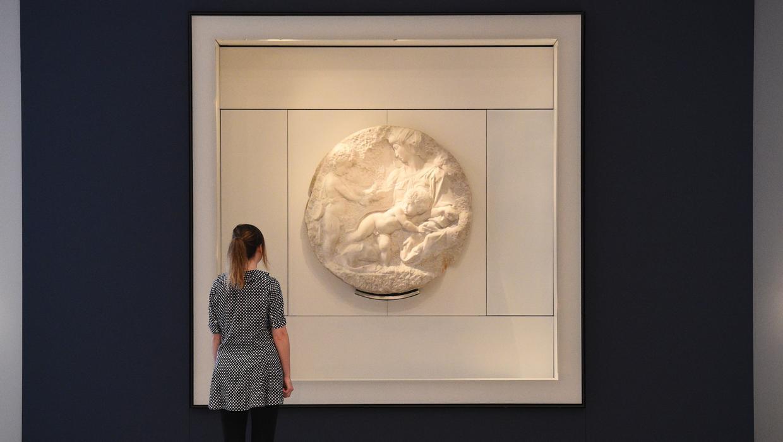 Единственную скульптуру Микеланджело в Великобритании продают на аукцион...