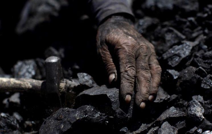 "Авария на шахте в ""ЛНР"": на поверхность подняли тела 13 горняков"