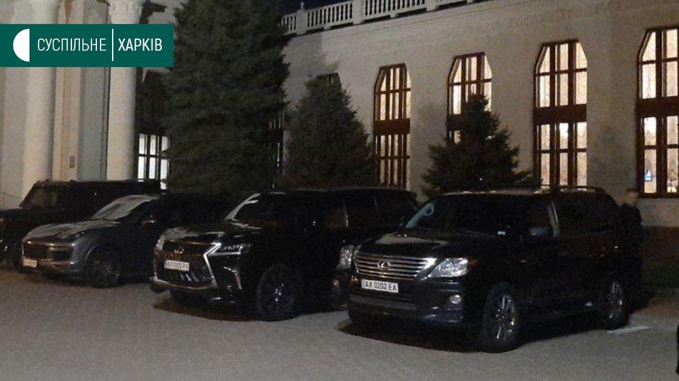 """Геннадий Кернес улетел в клинику """"Шарите"""" тем же бортом, что и Навальный..."""