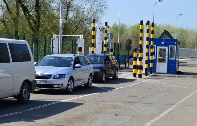 Венгрия с 15 июля закрывает границу для украинцев