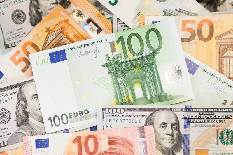 Кто купил новые украинские долги, – данные Минфина