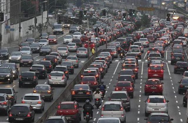 ГСЧС предупреждает о сильном загрязнении воздуха в Киеве