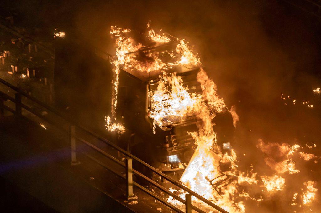 Гонконг, битва за университет, Китай, протесты, фото
