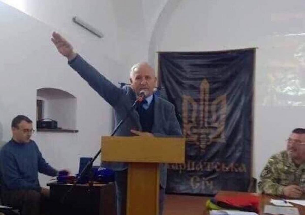 Скандального консула-неонациста Марущинца вернули в МИД Украины