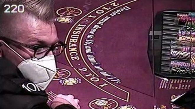 В США арестовали мужчину, спустившего в казино Лас-Вегаса помощь на врем...