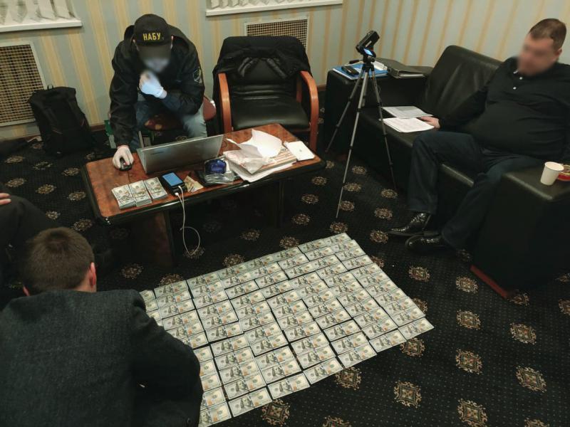 Подчиненный хотел подкупить главу Госрезерва взяткой в $40 тысяч, – НАБУ