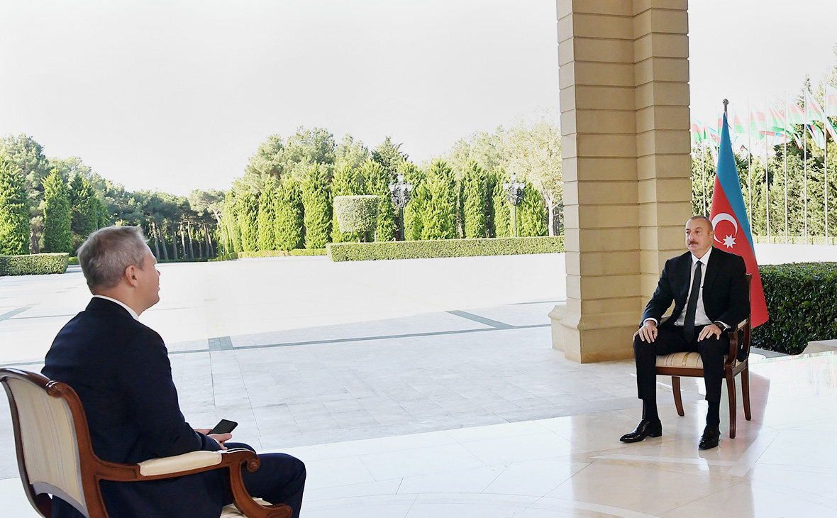 Алиев объявил о завершении военной фазы в Карабахе и переходе к политиче...
