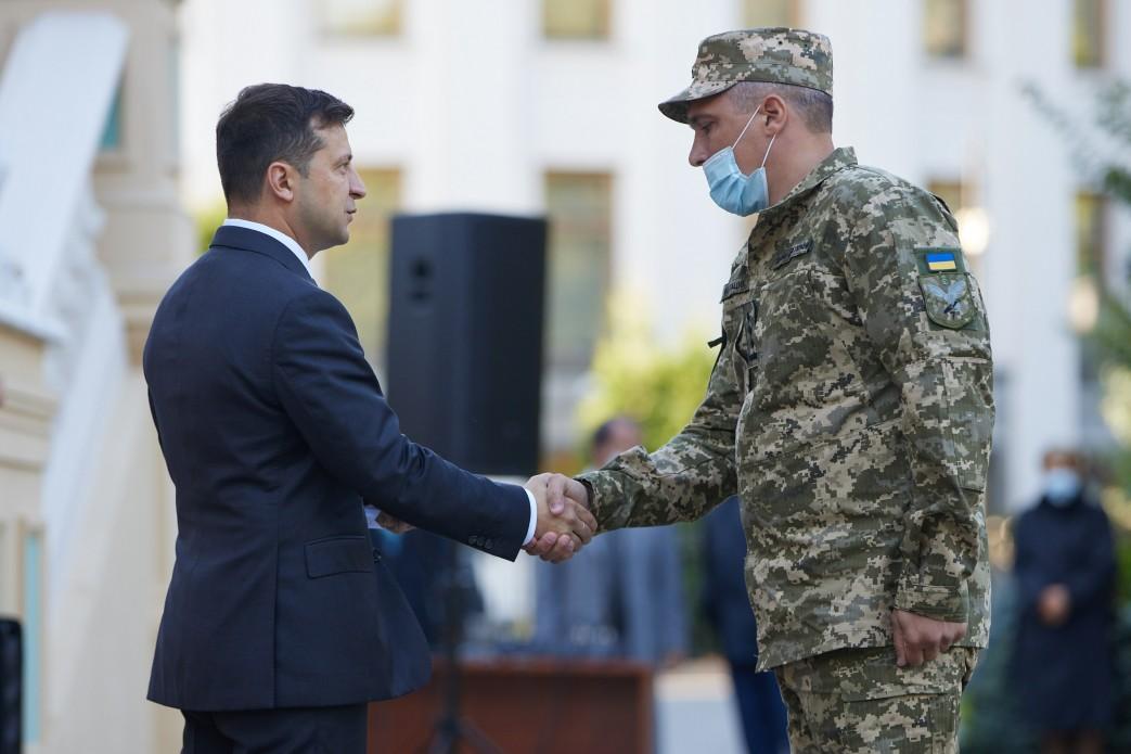 Украина будет укреплять свою армию даже после наступления мира, – Зеленс...