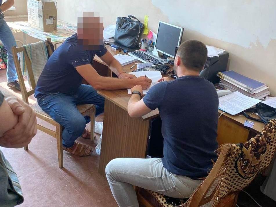 """Депутат райсовета на Черниговщине пойдет под суд по подозрению в """"отмыва..."""