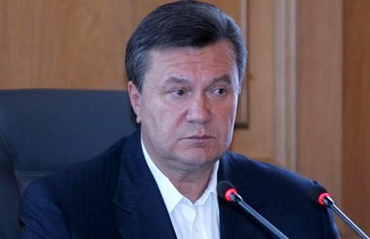 Янукович выступает за строительство терминала в Севастополе