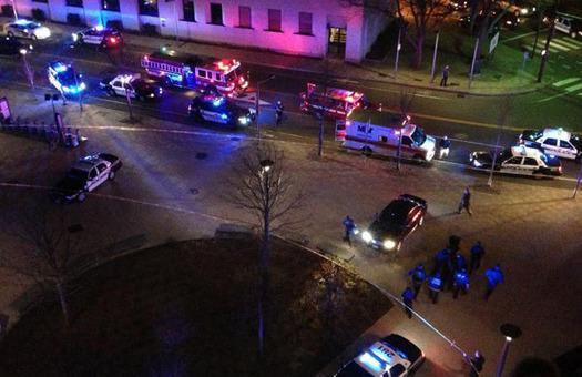 Возле Массачусетского технологического института слышны стрельба и взрыв...