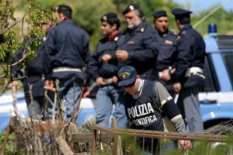 Полиция арестовала 19 предполагаемых мафиози из Каморры