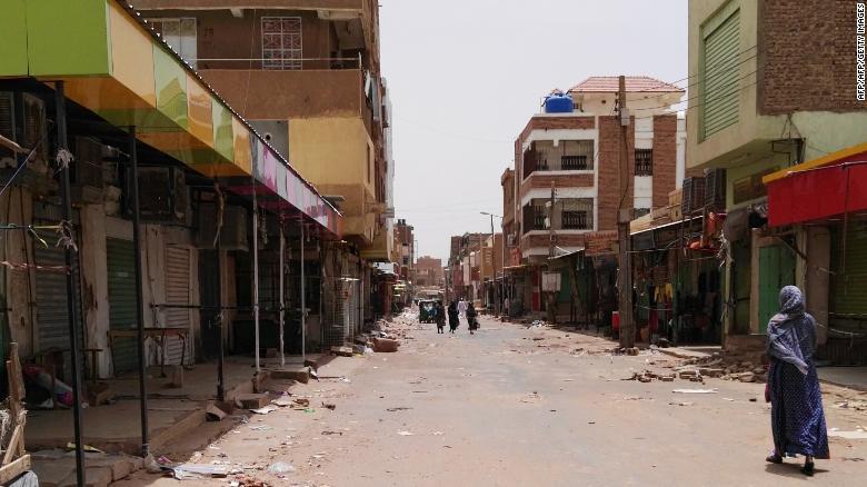 Шатдаун в столице Судана: сотни тысяч человек не вышли на работу