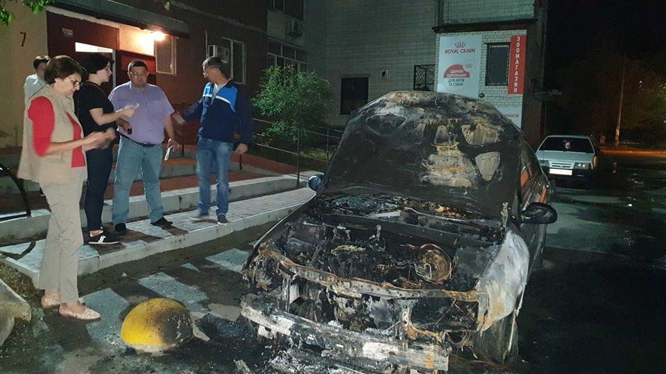 """Поджог авто программы """"Схемы"""": Зеленский пообещал не допустить преследов..."""