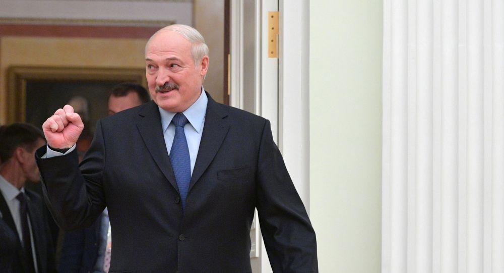 Лукашенко пригласили в Брюссель на обед к председателю Европейского сове...
